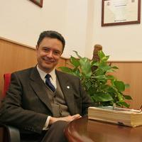 Prof. Dr. Enrique Martínez